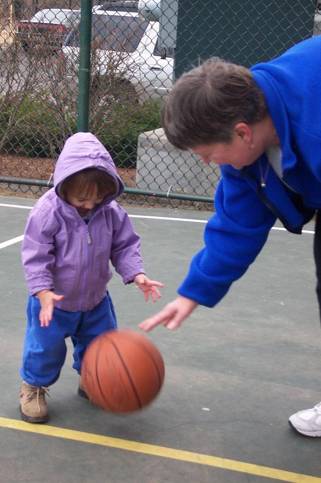 Matilda plays basketball 2004-3